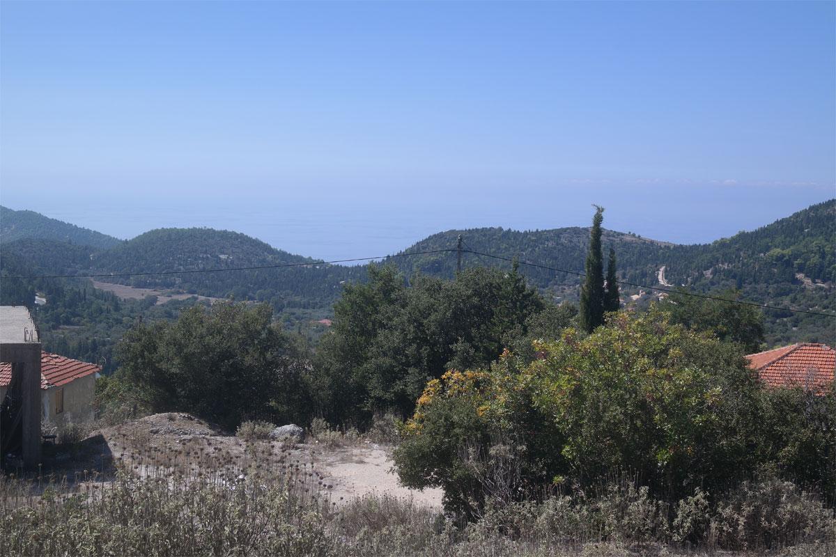 ΟΚ135 Land in Hortata