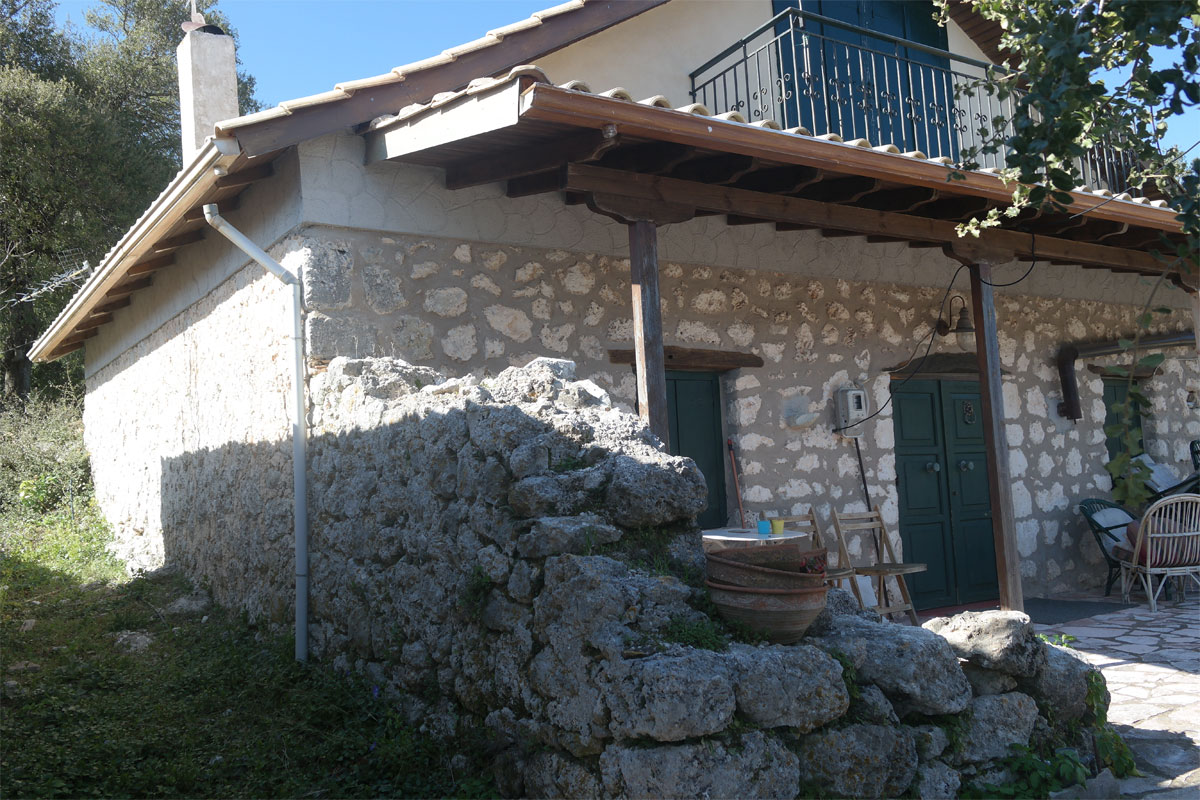 ΚΤ300 Stone House in Dragano