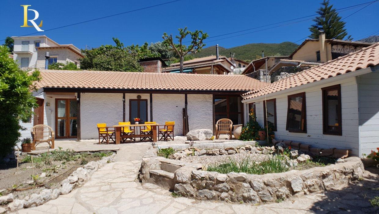 ΚΤ310 Stone House in Sivros