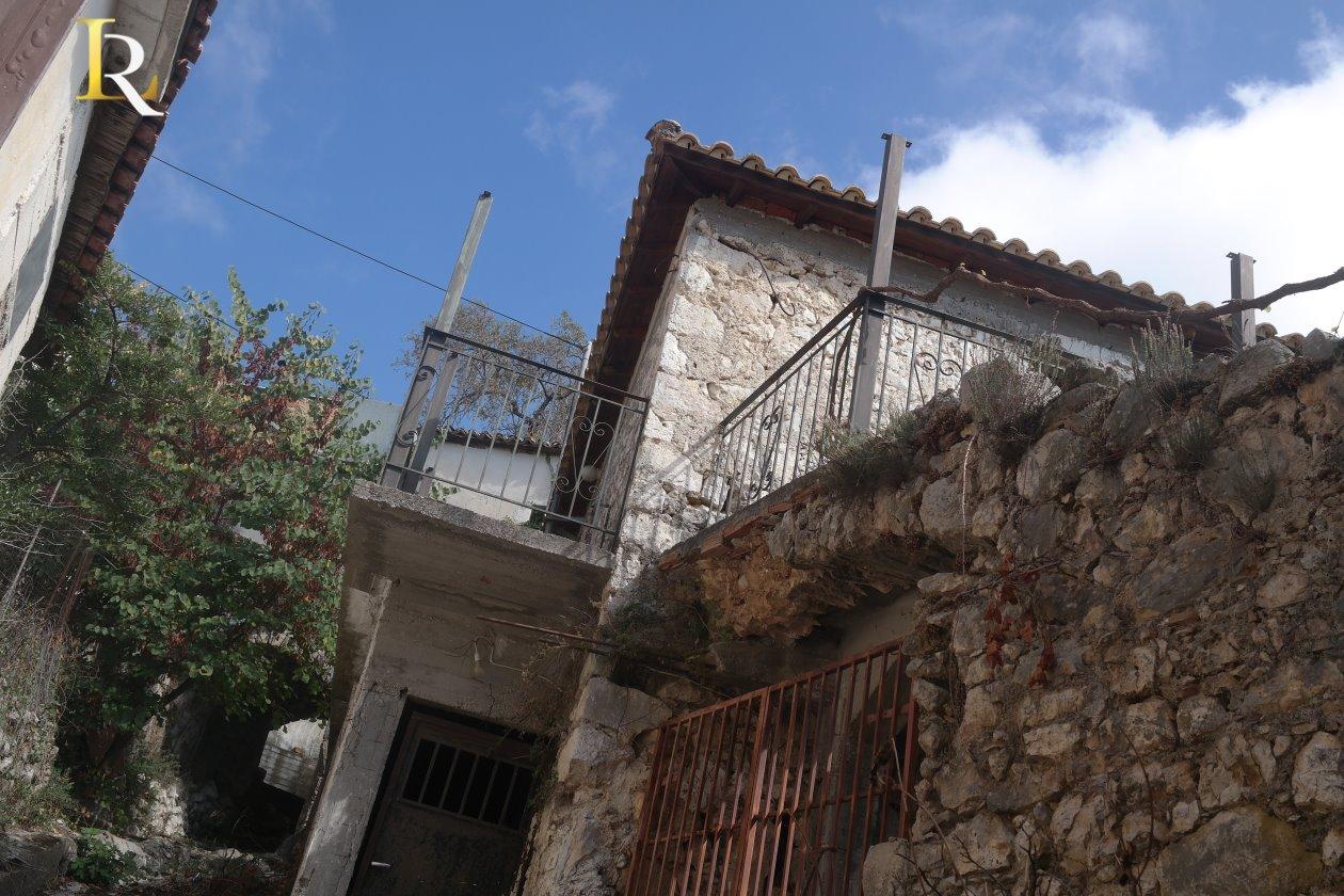 ΚΤ325 Stone House in Exanthia